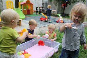 multisensoryka-w-ogrodzie